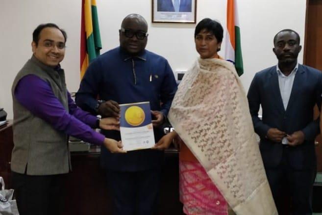 H. E. Mr. Michael Aaron Nii Nortey Oquaye<br/> (High Commissioner of Ghana)