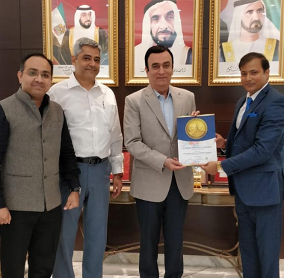 H.E Dr Ahmed Abdul Rahman Albanna (Ambassador of UAE to India ) .